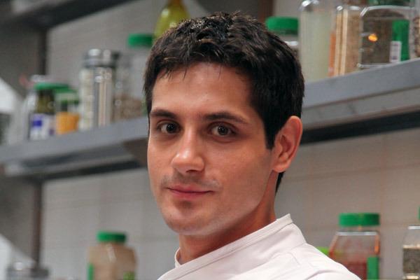 Макс из сериала кухня фото
