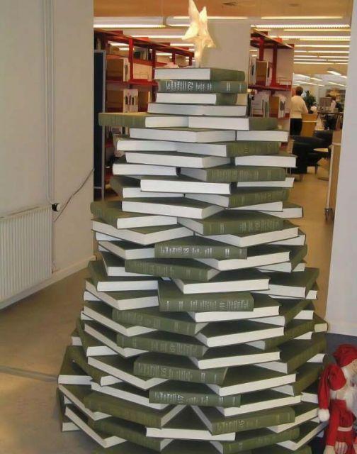 Из чего можно сделать елку поделку своими