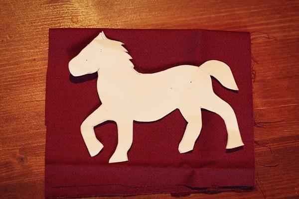 Лошади на новый год своими руками