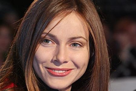 Видимо, актриса решила не разрушать полностью образ Екатерина Волкова