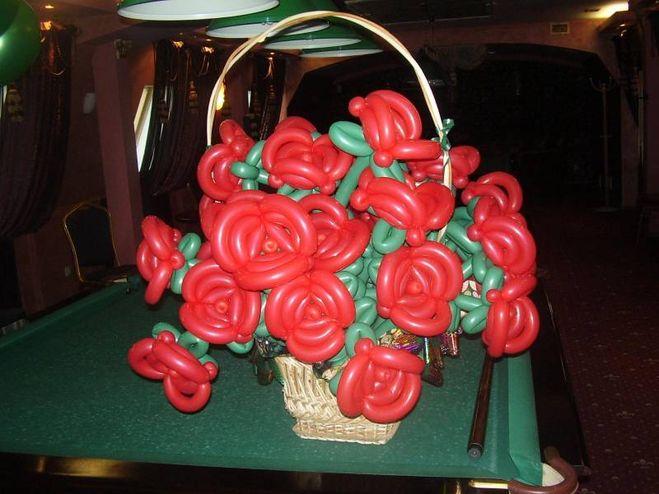 Роза из шариков колбасок своими руками