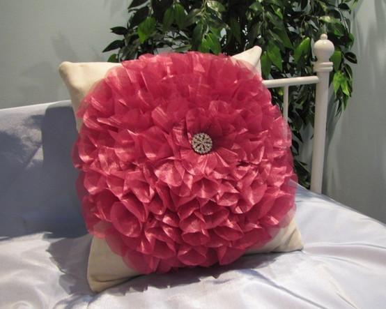 Чем набить подушки своими руками