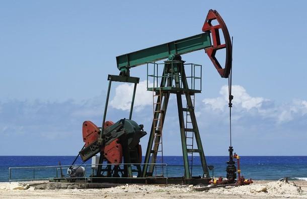 Российская Федерация сократила добычу нефти на 300 000 баррелей вдень