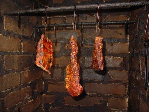 Как приготовить копченое мясо в домашних условиях