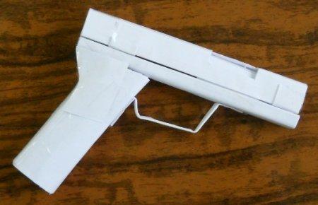 Сделать своими руками стреляющий пистолет из бумаги можно, но далеко стрелять он не будет, а поэтому со временем он...