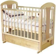 Когда ставить кроватку для новорожденного