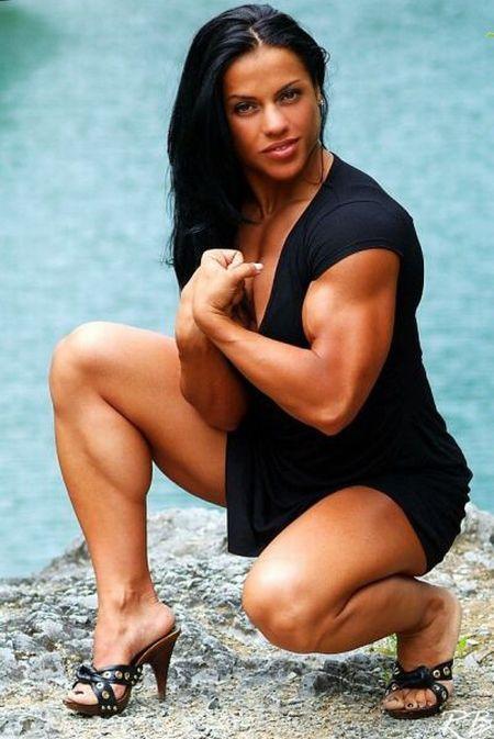 голые мускулистые бабы: