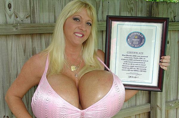 Порно грудь12 размера