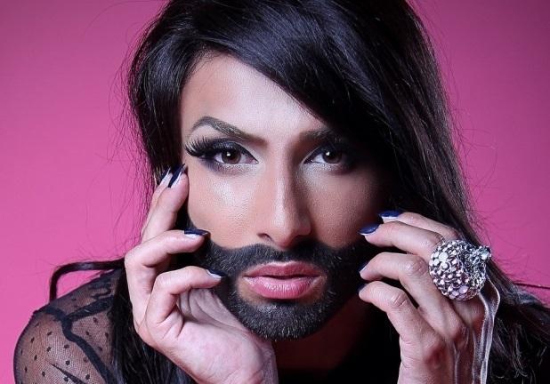 foto-transvestit-zhenshina