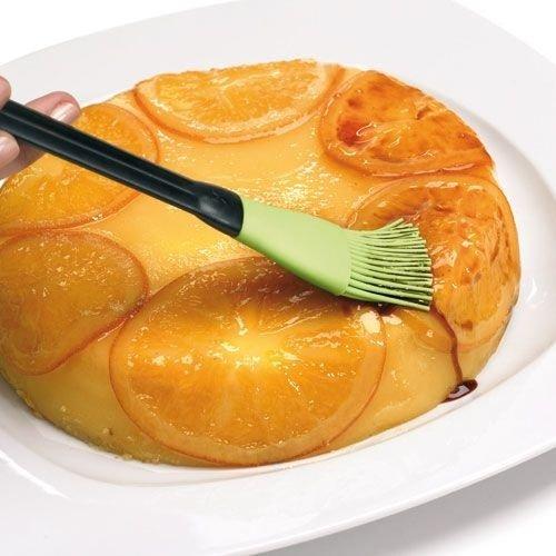 Чем смазывают пирожки перед выпечкой в духовке