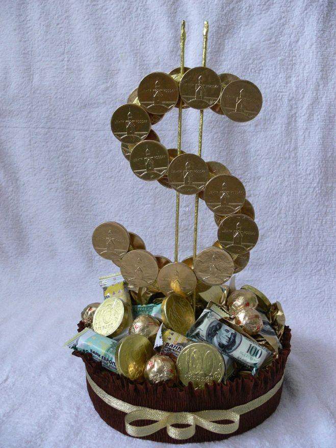 Букеты из конфет к 23 февраля