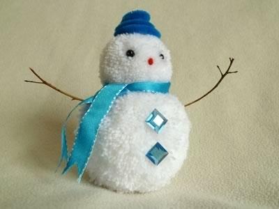 Как сделать снеговика из помпонов своими руками