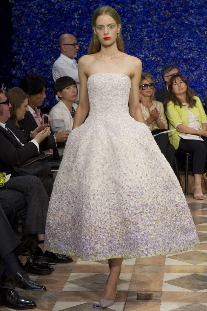 Платья будут в моде в 2013 году