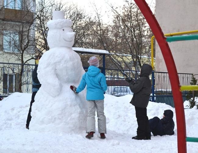 Как сделать из снега забор