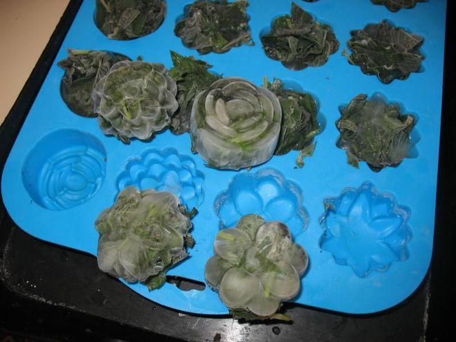 В силиконовых формочках можно печь
