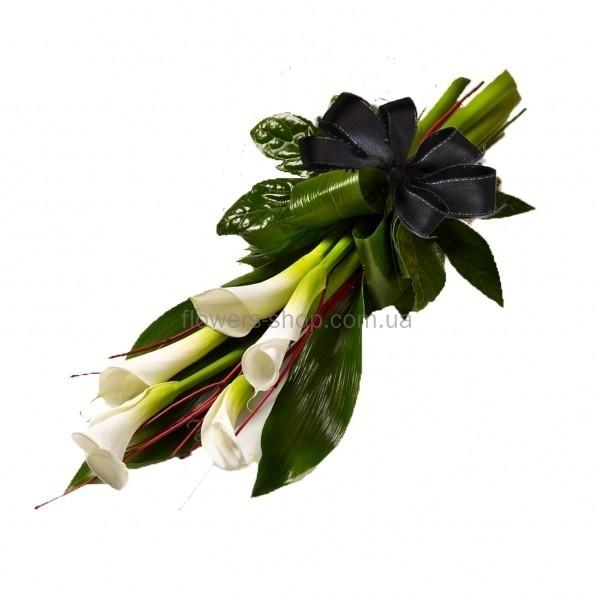 Цветы на похороны молодому мужчине