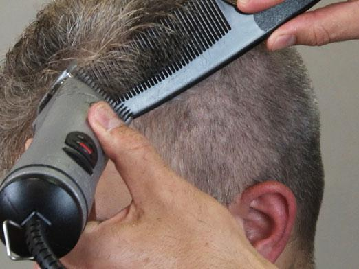Видео стрижка мужских волос