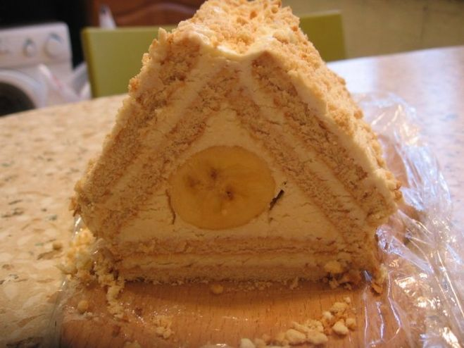 Торт из печенья с творогом с бананом на скорую руку рецепт