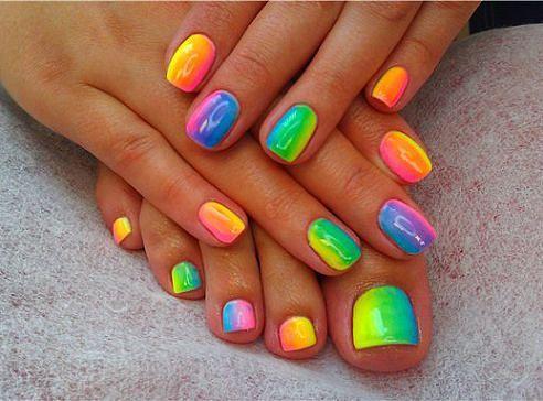 Как сделать цветные ногти на