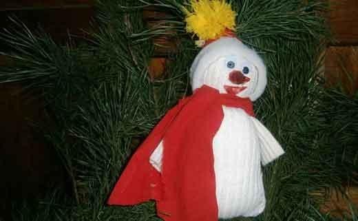 Как сделать снеговика своими руками быстро