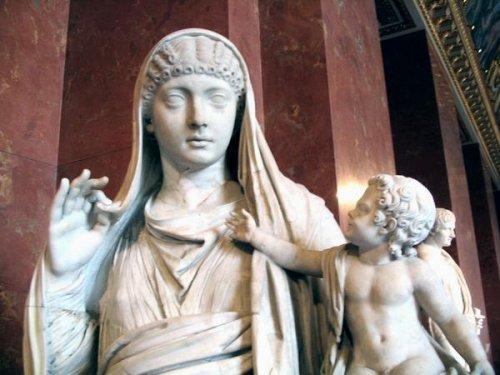 razvratnaya-zhizn-imperatora-kaligula