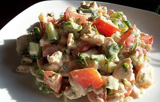 рецепт салата с копченым сыром косичка и