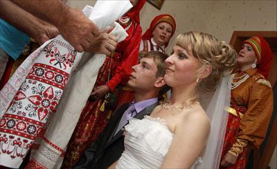 Можно ли благословлять молодых двойной иконой от мамы невесты