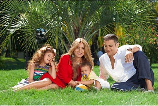 Жена и дети мартиросяна фото