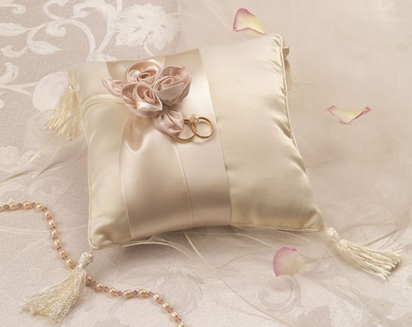 Сшить подушку для колец своими руками