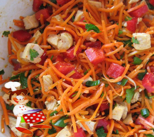Салат корейская морковка и копченая грудка