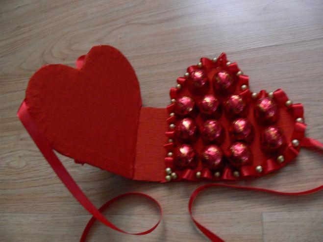 Подарки для женщин на 8 марта своими руками